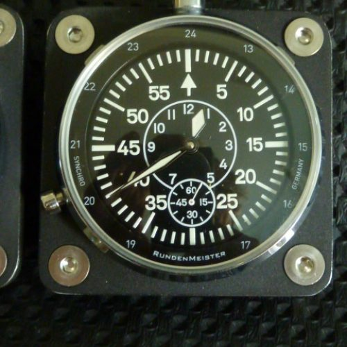 Nachtprufung_bord_clock